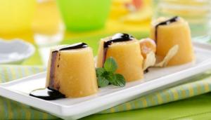 Postre de mango con chocolate